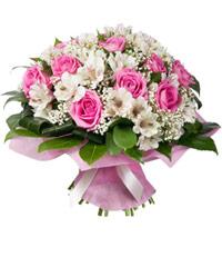 """Букет из цветов """"Антракт"""" с доставкой по Санкт-Петербургу 35 - 35 см."""