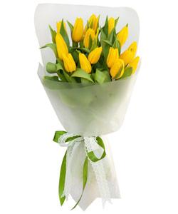 """Букет из цветов """"Букет из 17 желтых тюльпанов"""" 20 - 30 см."""