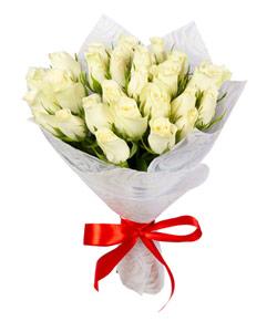 """Букет из цветов """"Белые кенийские розы"""" 20 - 35 см."""