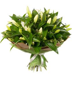 """Букет из цветов """"Красивый обычай"""" с доставкой по Троицку (Челяб. обл.) 45 - 55 см."""