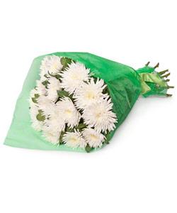 """Букет из цветов """"Букет из 15 белых хризантем"""" 25 - 45 см."""