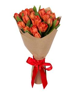 """Букет из цветов """"Весенние тюльпаны"""" с доставкой по Челябинску 20 - 30 см."""